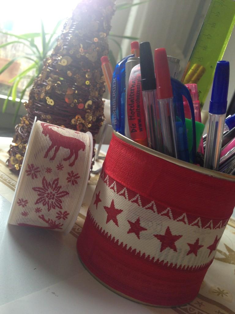 Stifthalter im Weihnachtsdress